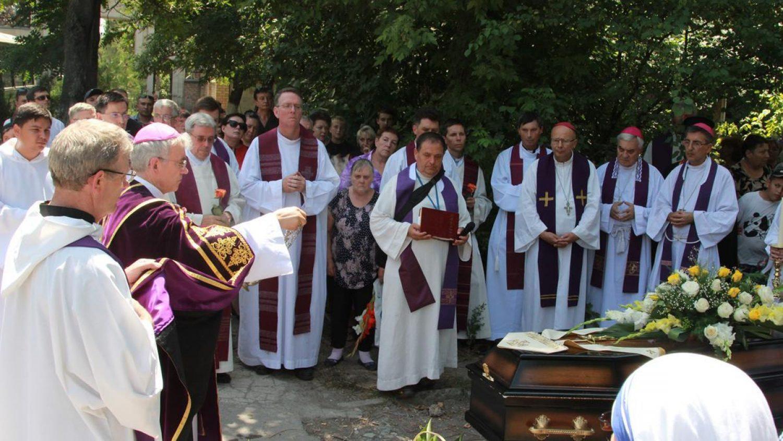 Похоры епископа Мессмера