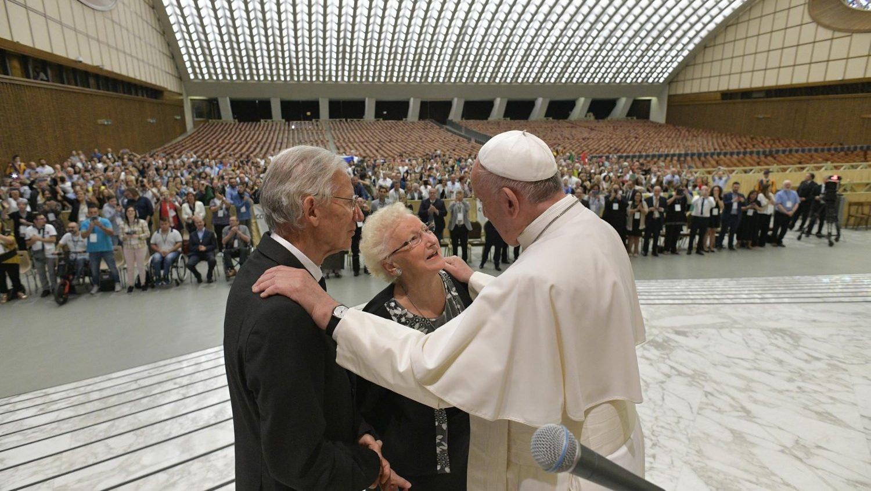 Папа с пожилыми 2
