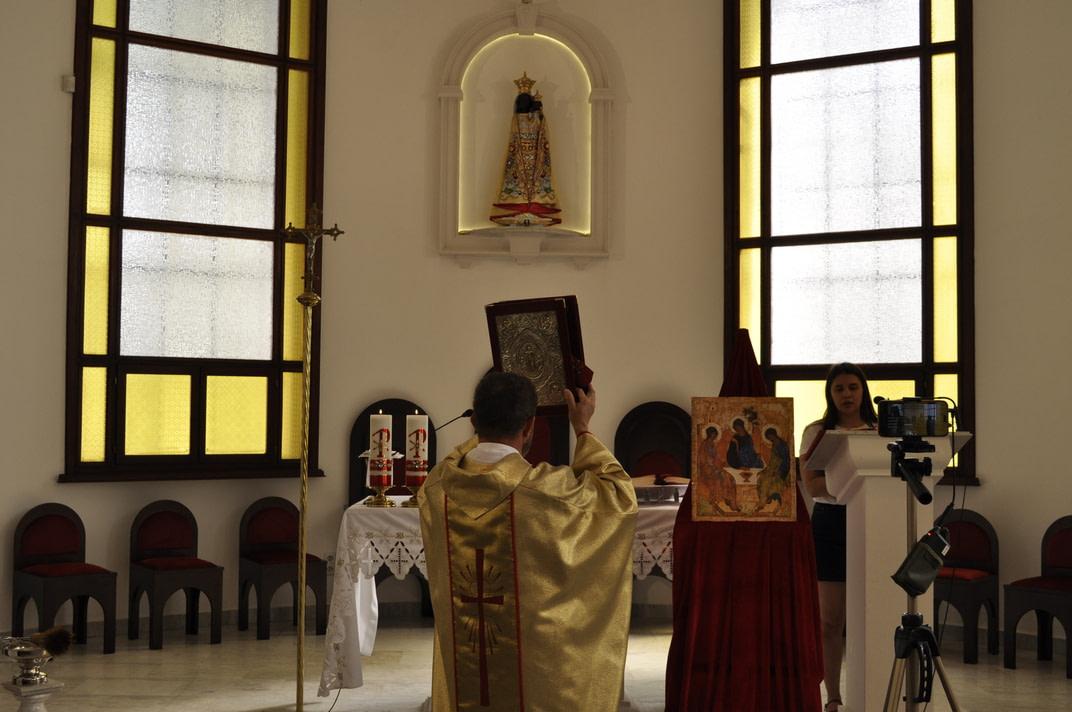 Торжество Пресвятой Троицы и приветствие сестёр Марты и Эдиты 11